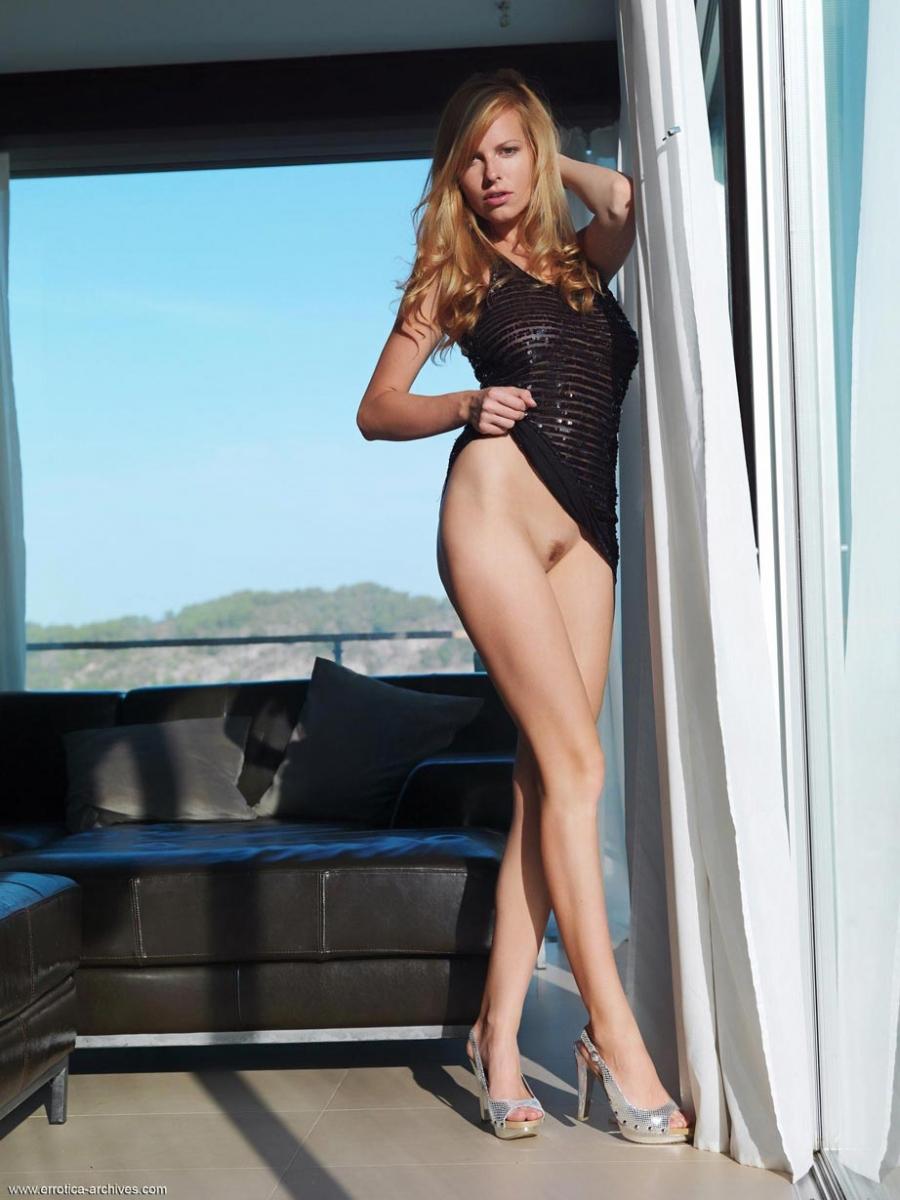 Carmen gemini naked