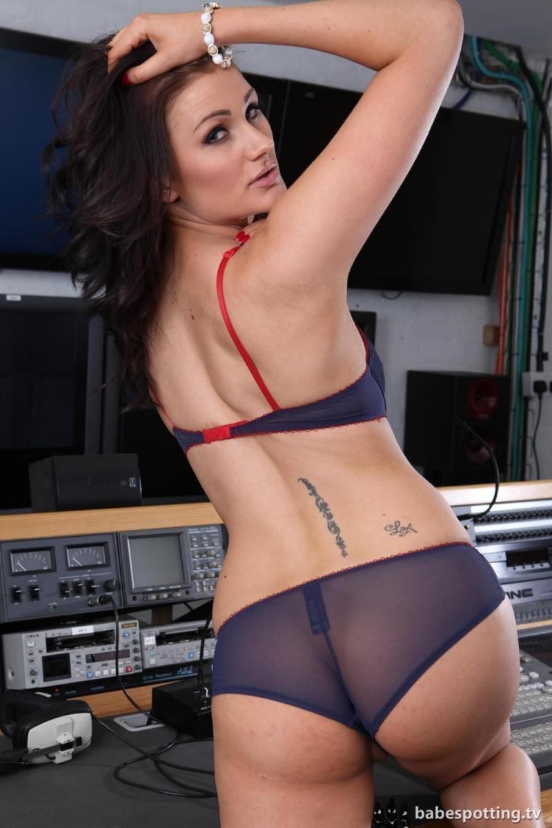 Carmen russo naked news