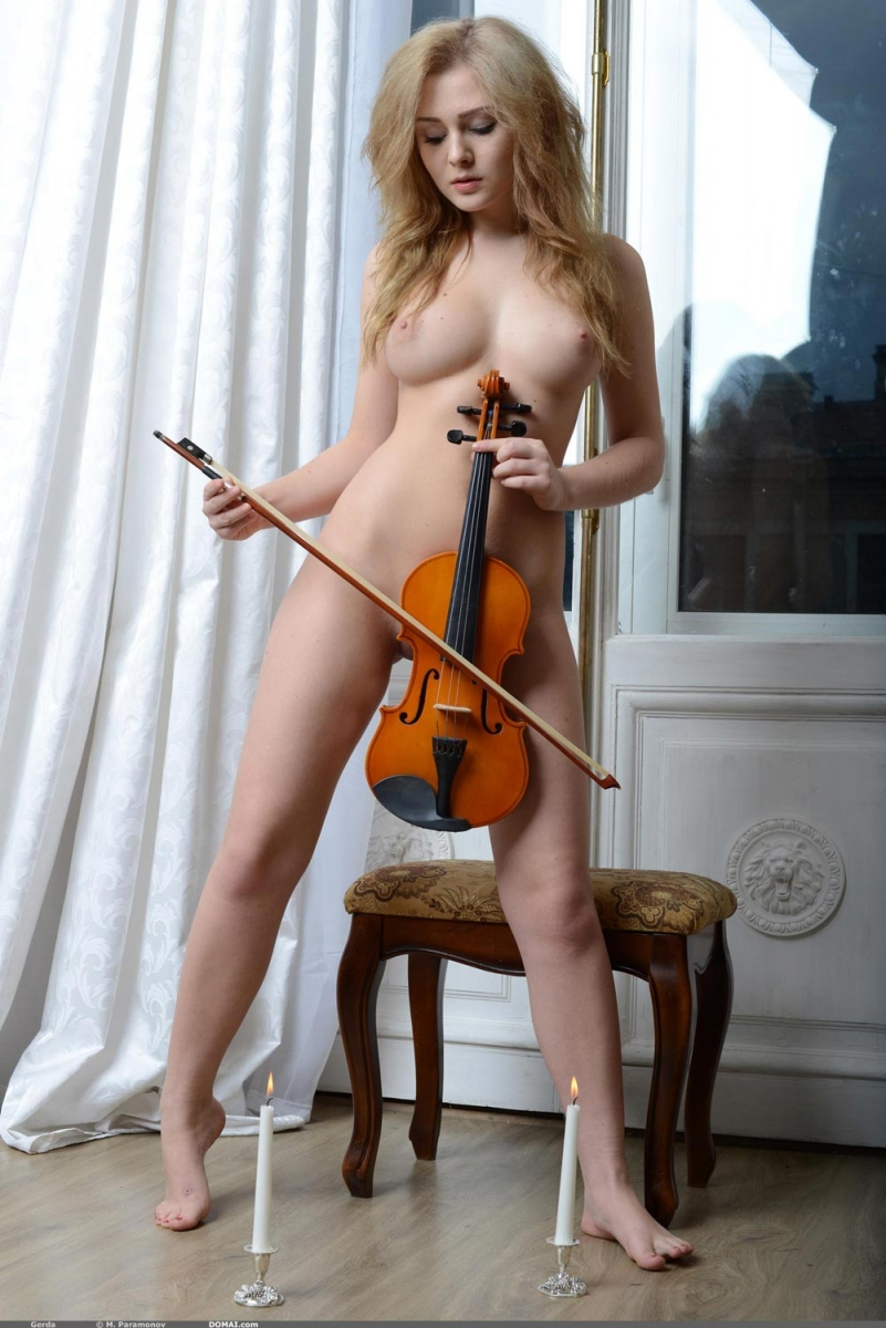 violin nude ... Hot Nude Blonde Violinist Exposed