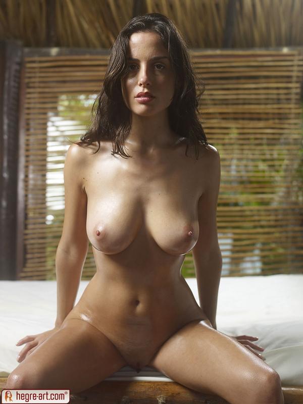 Deep black anus nude