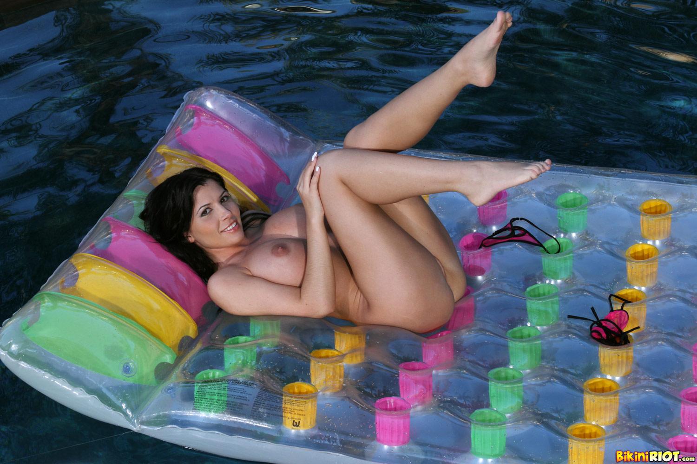 Linares bikini rebecca black