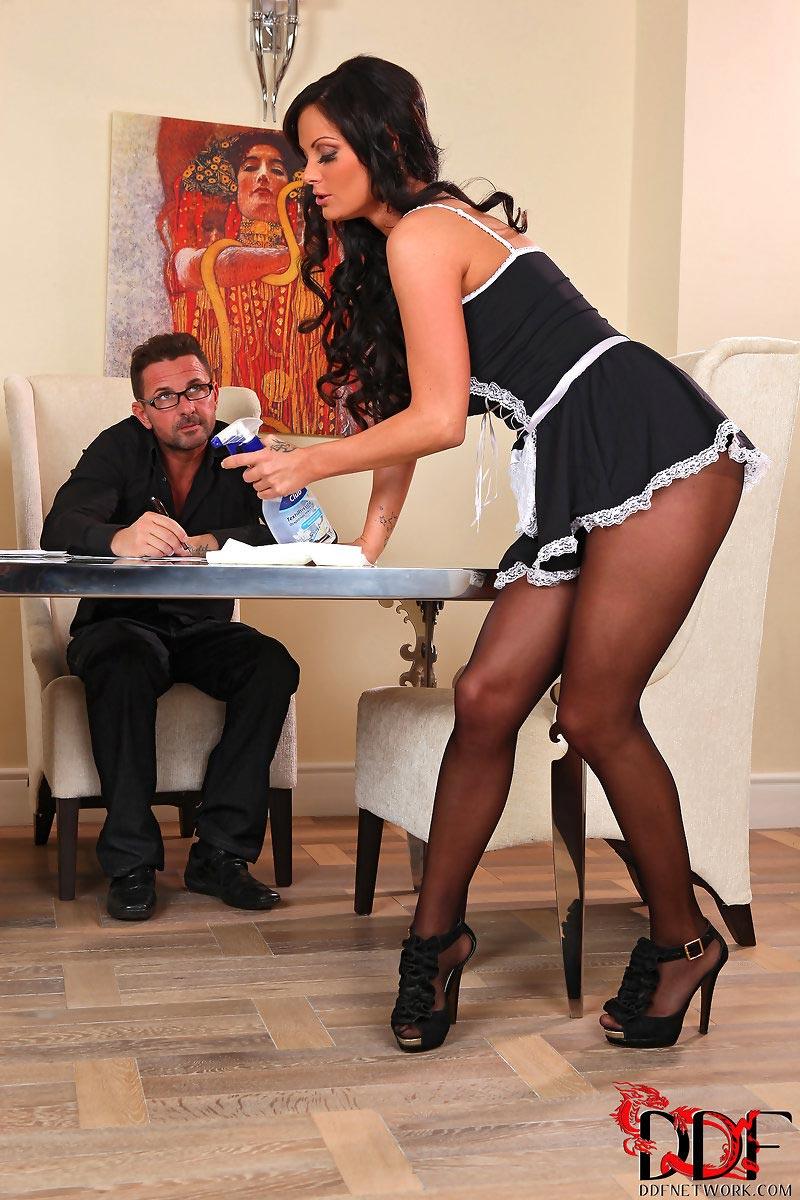 Шейла в офисе порно