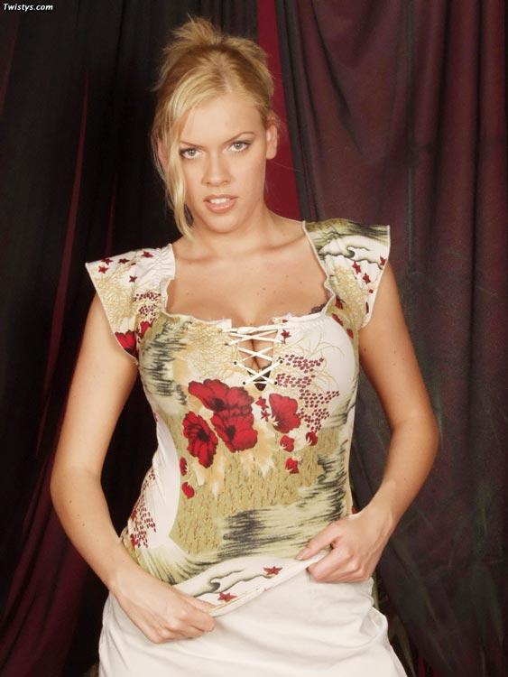Free porn Leeann Tweeden galleries Page 1 - ImageFap