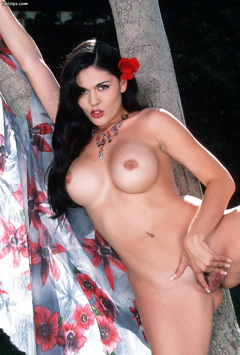 Olivia o lovely nude pics