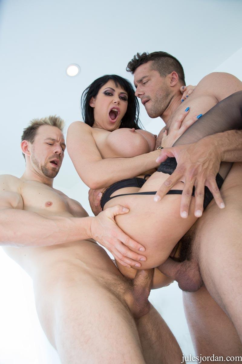 Dounload fast fuck clip nude photo