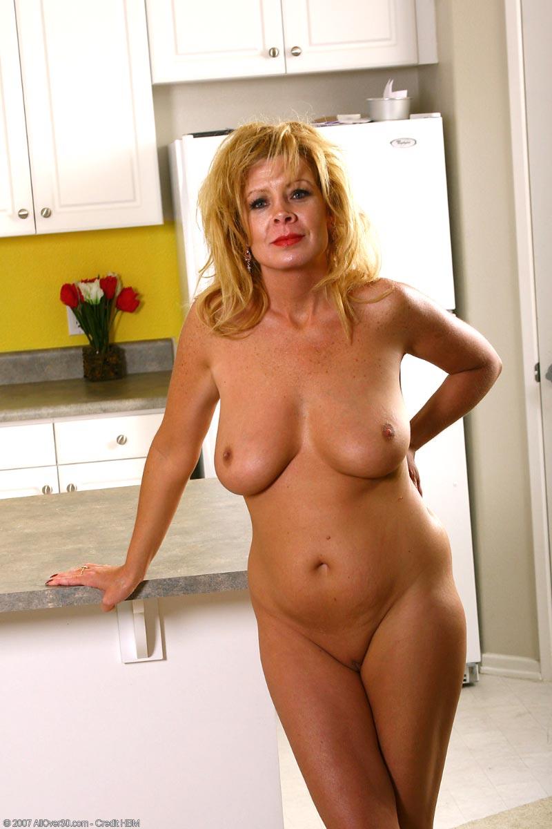 Chunky white girl nudes