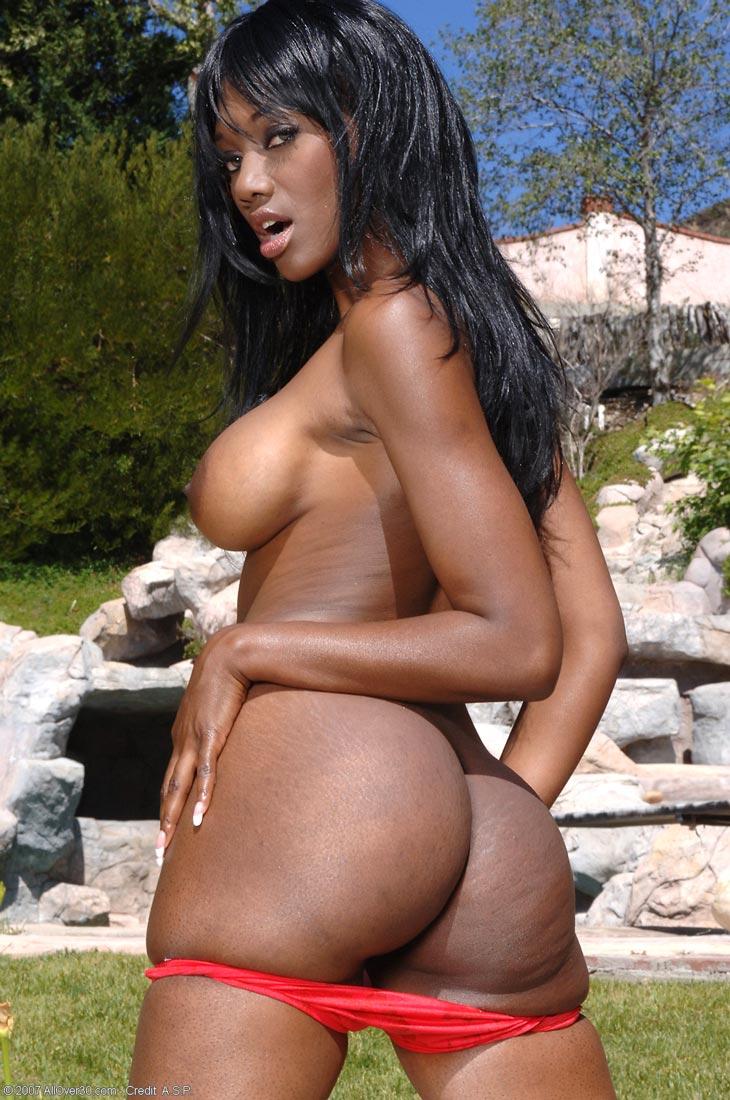 Ebony milf goddess