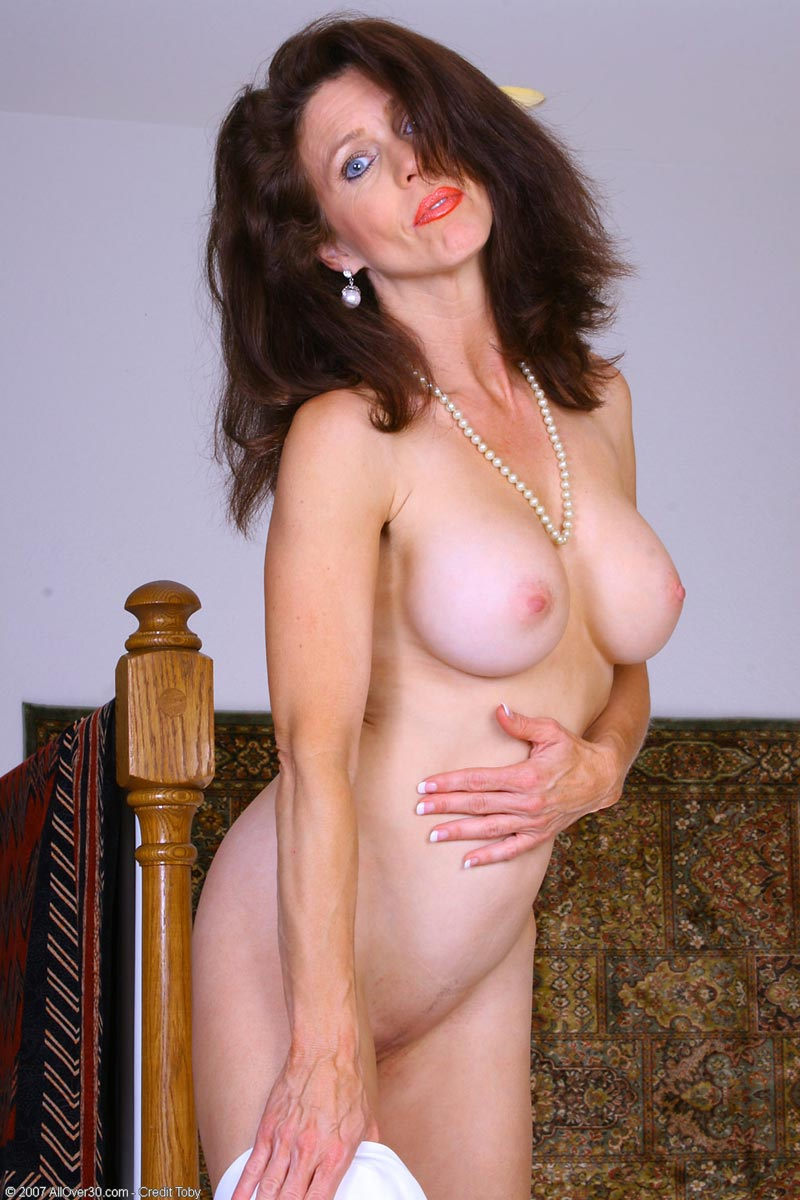 Good looking milf movies picture 139