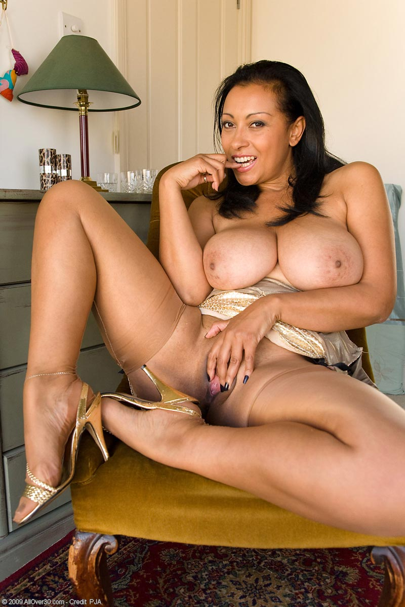 Opinion, Ambrose donna mature milf suggest you