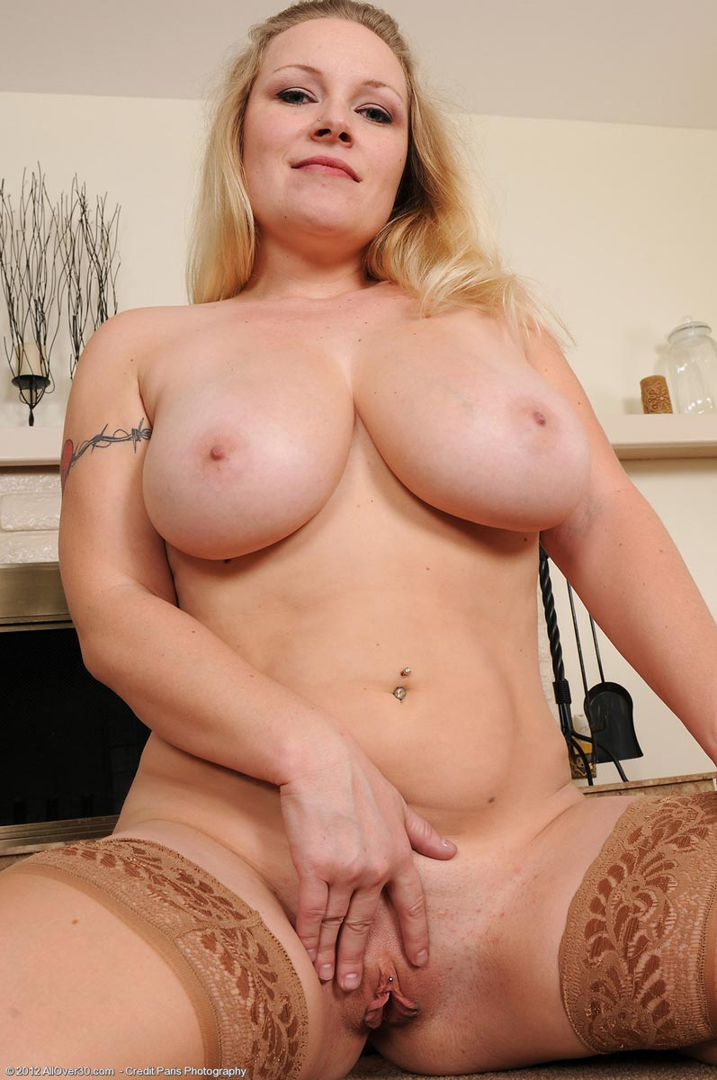 Natural milf galleries