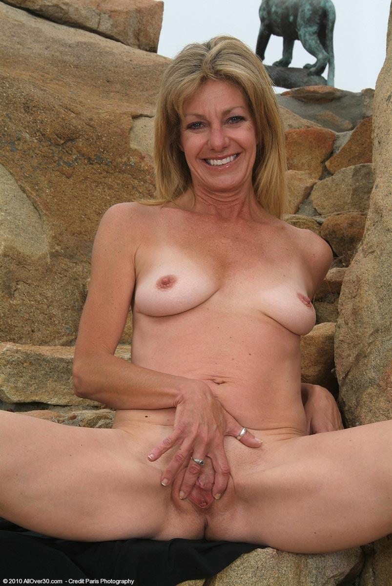 Slim granny nude