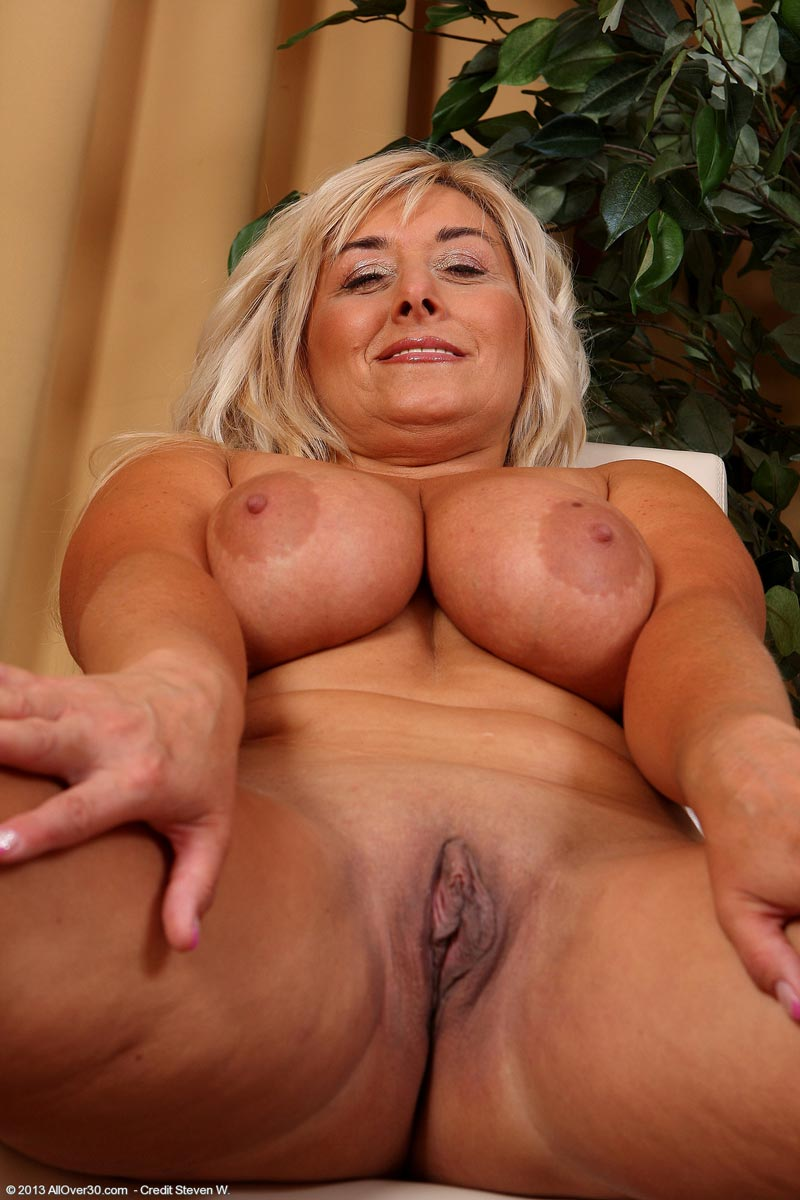 Busty daily movie Blonde