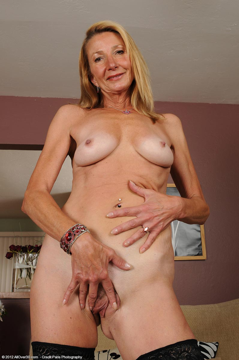 mature in nylons movies solon