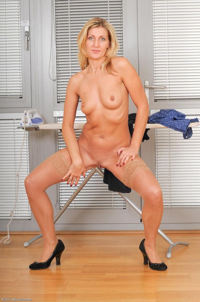 RUTH: Adult chat site slitcams.com web